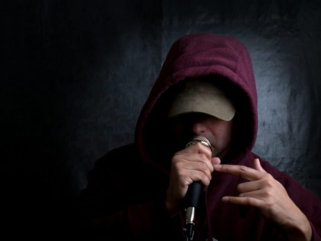 best rapping microphones cover photo